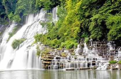 waterfall-1618435_1920