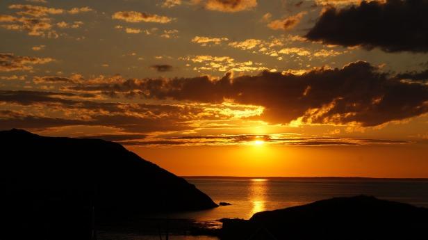 sunset-3555966_1920
